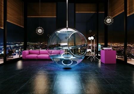 Una bañera esférica transparente no apta para tímidos