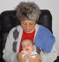 Al cuidado de la abuela