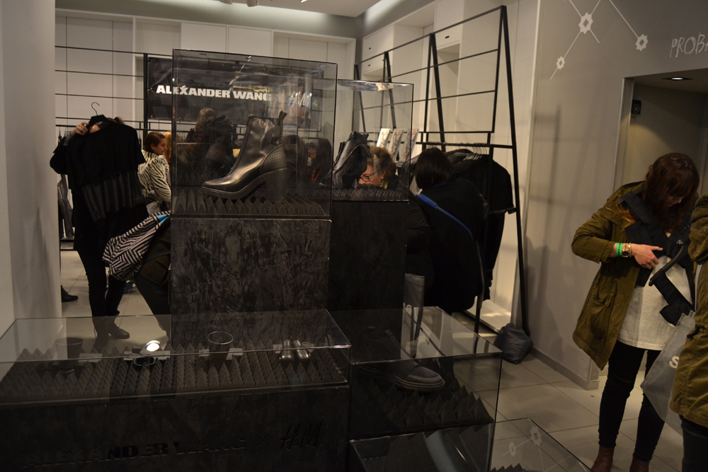 Foto de Alexander Wang x H&M, la colección llega a tienda (Madrid, Gran Vía) (16/27)