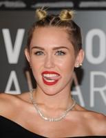 Y lo peor de lo peor de los MTV VMA 2013 fue...