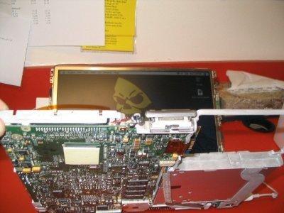 Las interioridades de un iBook 3G al descubierto