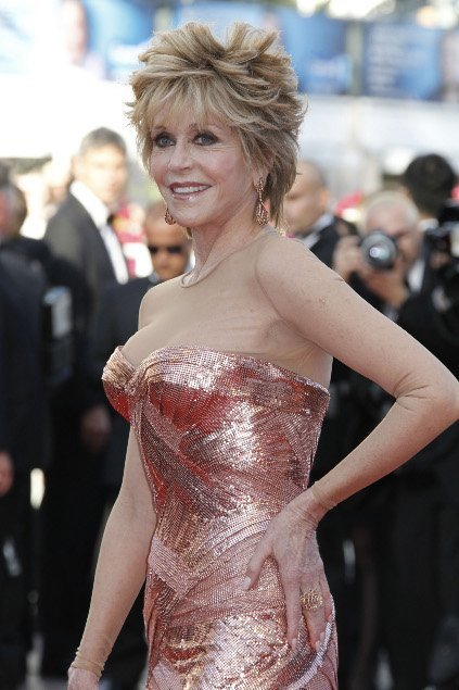 jane_fonda_in_chopard_01.jpg