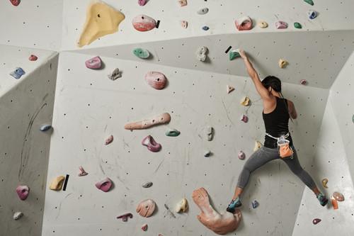Aspectos claves para prepararte en el gimnasio si vas a practicar escalada