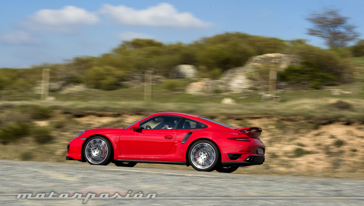 Foto de Porsche 911 Turbo (prueba) (10/33)