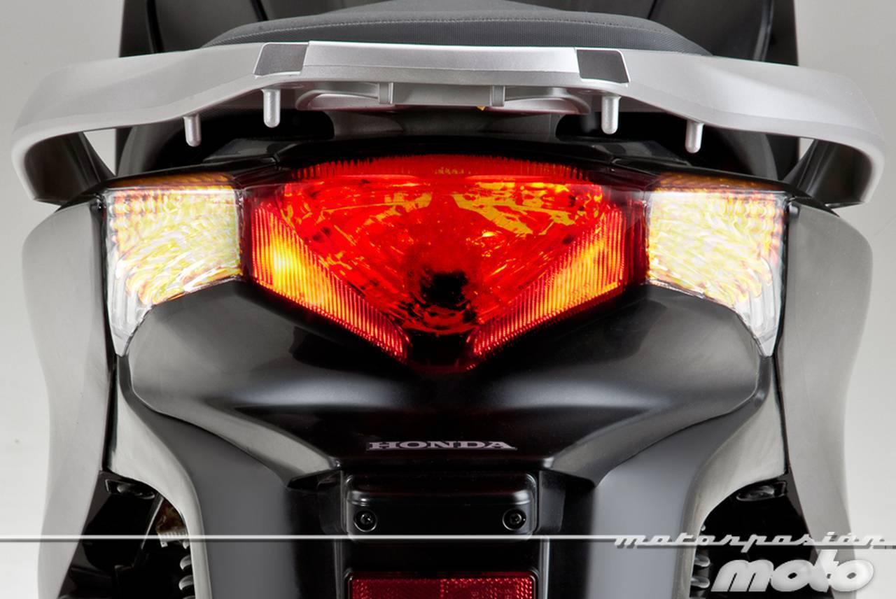 Foto de Honda Scoopy SH125i 2013, prueba (valoración, galería y ficha técnica)  - Fotos Detalles (16/81)