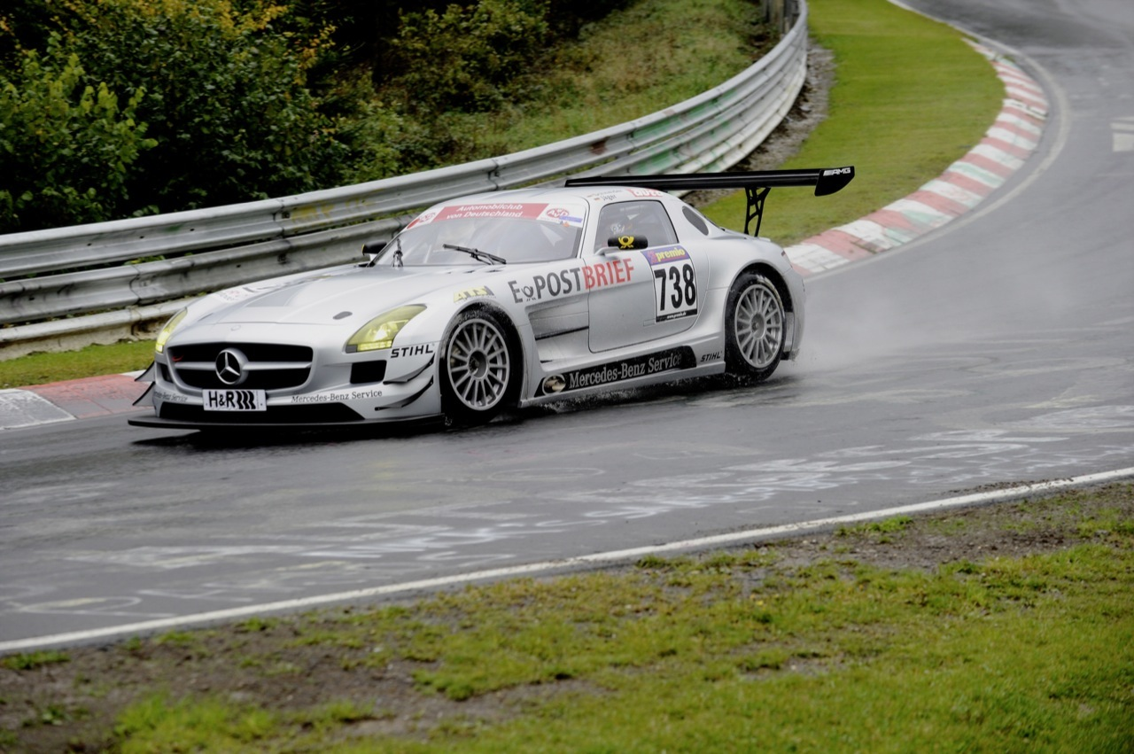 Foto de Mercedes SLS AMG GT3, accidentado debut (2/6)