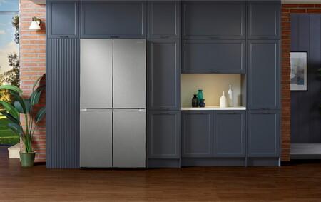 Samsung lanza una nueva gama de frigoríficos de 4 puertas: con filtro desodorizante UV y dispensador de agua interno