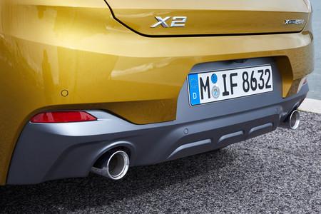 BMW X2 salidas de escape