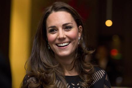 ¿Un embarazo arriesgando en estilo? Kate Middleton se lo puede permitir