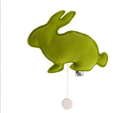 Caja de música conejo verde