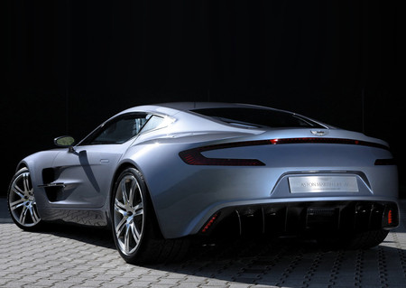 Aston Martin One 77 2010 1280 0e