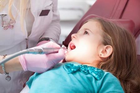 Niña-en-Dentista