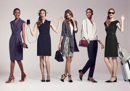 Sí, aunque parezca imposible, hay gente que paga por no ir a la moda y compra sin ver la ropa.