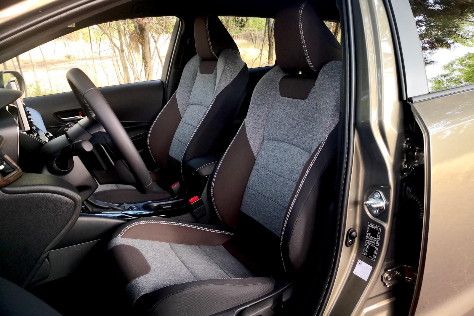 Toyota Corolla Trek - Imágenes interiores