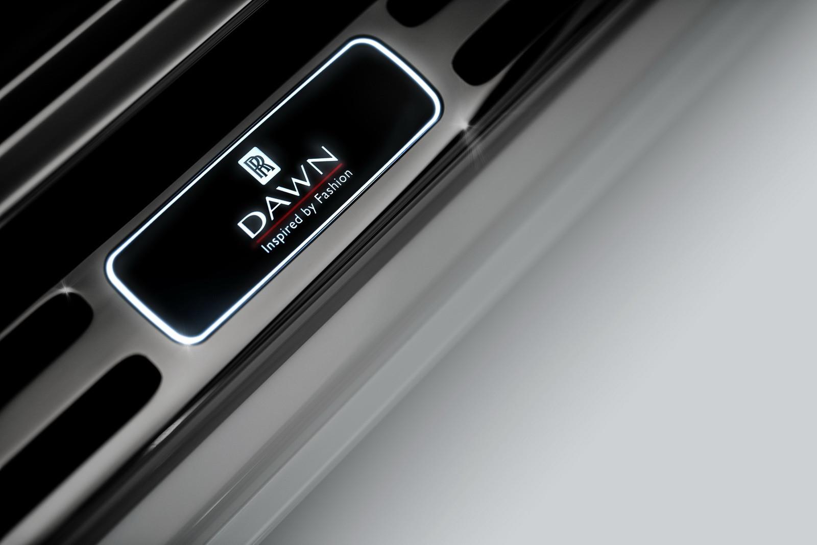 Foto de Rolls-Royce Dawn Inspired by Fashion (7/9)