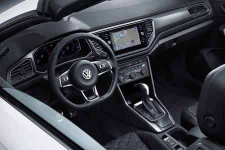 Volkswagen T Roc Cabrio 2020 30