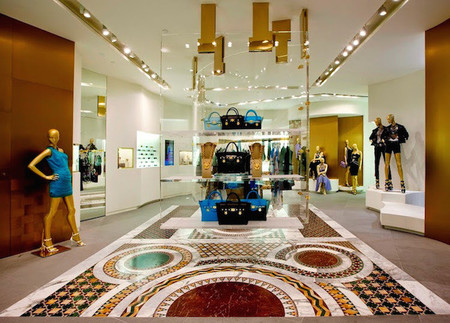 Hong Kong acoge la primera boutique de Versace