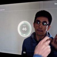 """Si te gustan los """"espejos inteligentes"""", atento a este con pantalla táctil"""