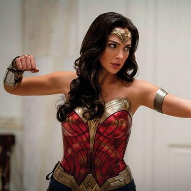 Todo el poder de Wonder Woman ahora como parte de tu estilo con los zapatos oficiales inspirados en la heroína