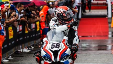 ¡Renovado! Tom Sykes seguirá pilotando la BMW S 1000 RR en el mundial de Superbikes en 2021