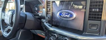 ¡Hasta la vista, Ram 1500! Las fotos filtradas de la Ford F-150 2021 muestran su gigantesca pantalla de infotenimiento