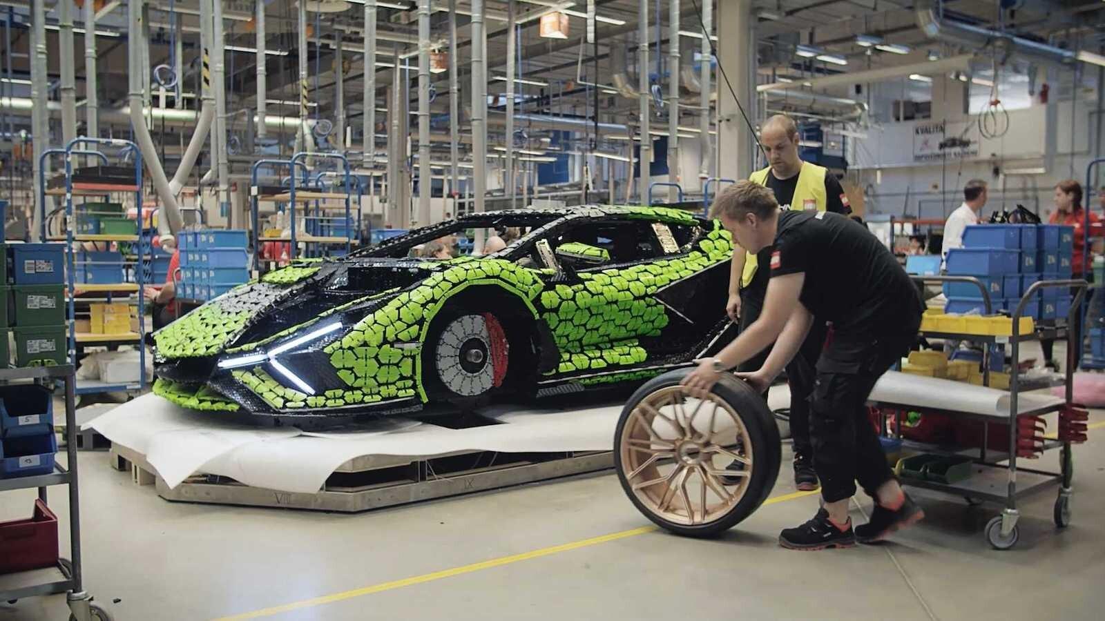 Foto de Lamborghini Sián Lego replica tamaño real (14/18)