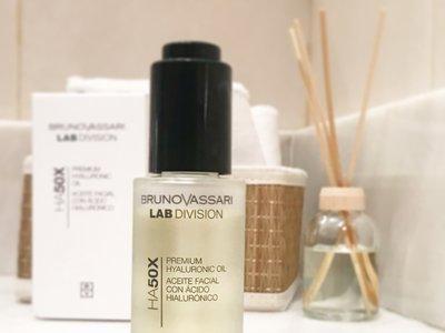 Probamos  Premium Hyaluronic Oil de Bruno Vassari, un aceite facial en seco para deleitarse