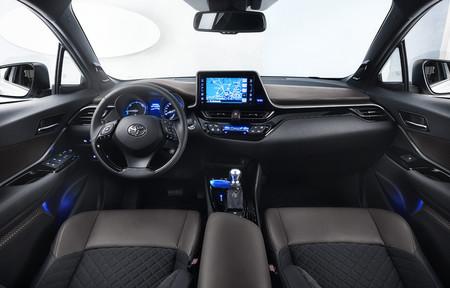 Toyota Sonido Coche 03