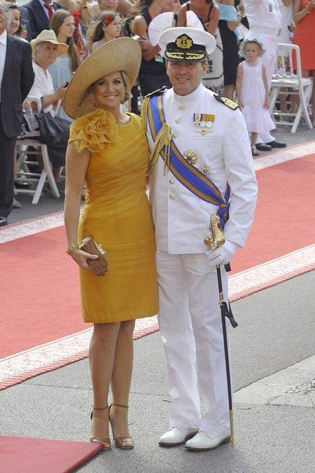 El look de Máxima de Holanda en la boda real en Mónaco