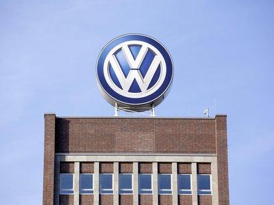 La Fiscalía alemana sospecha que altos cargos de Volkswagen manipularon el mercado financiero