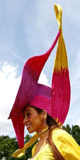 Foto de Ascot 2008: imágenes de sombreros, tocados y pamelas (7/20)