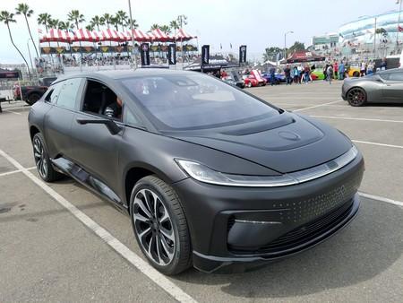 El futuro autónomo y eléctrico de Faraday Future luce imponente en vivo: así es el FF91 en negro mate