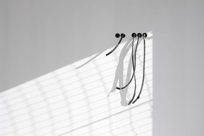 David Barra - BLACK ON WHITE. Premios LUX 2016. Categoría Industrial.
