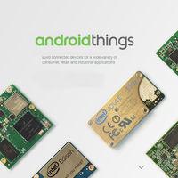 Google cambia el rumbo de Android Things: abandona el Internet de las Cosas y se enfoca en altavoces y pantallas inteligentes