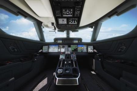 Con diez pantallas táctiles, pilotar los nuevos jets Gulfstream ya no es lo mismo