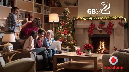 Todos los clientes de Vodafone podrán tener en navidad el doble de gigas por 3 euros y TV total gratis