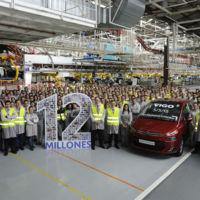 Doce millones de vehículos ya han salido de la factoría PSA Peugeot Citroën en Vigo