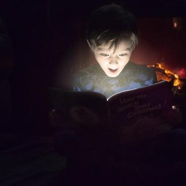 Un adolescente de 13 años es víctima de 'bullying' por su afición a los libros y las redes sociales se vuelcan con él