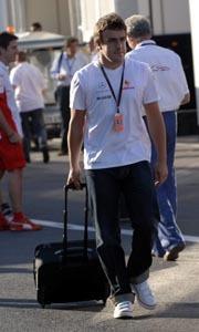 McLaren podría negociar la salida de Alonso