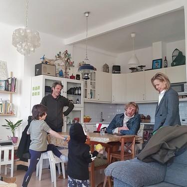 Para ser líderes, Ikea entra en cientos de hogares en busca de gente real; les acompañamos en su última visita en Madrid