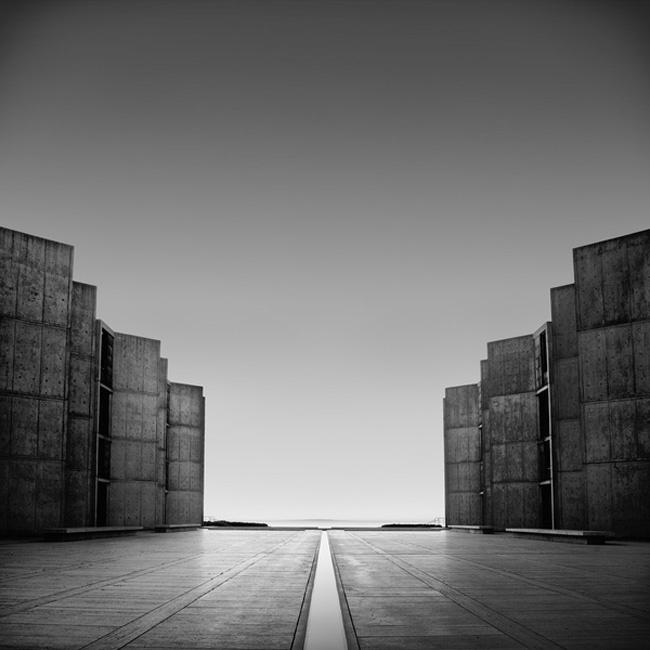 Foto de Arquitectura en blanco y negro, por Kevin Saint Grey (1/7)