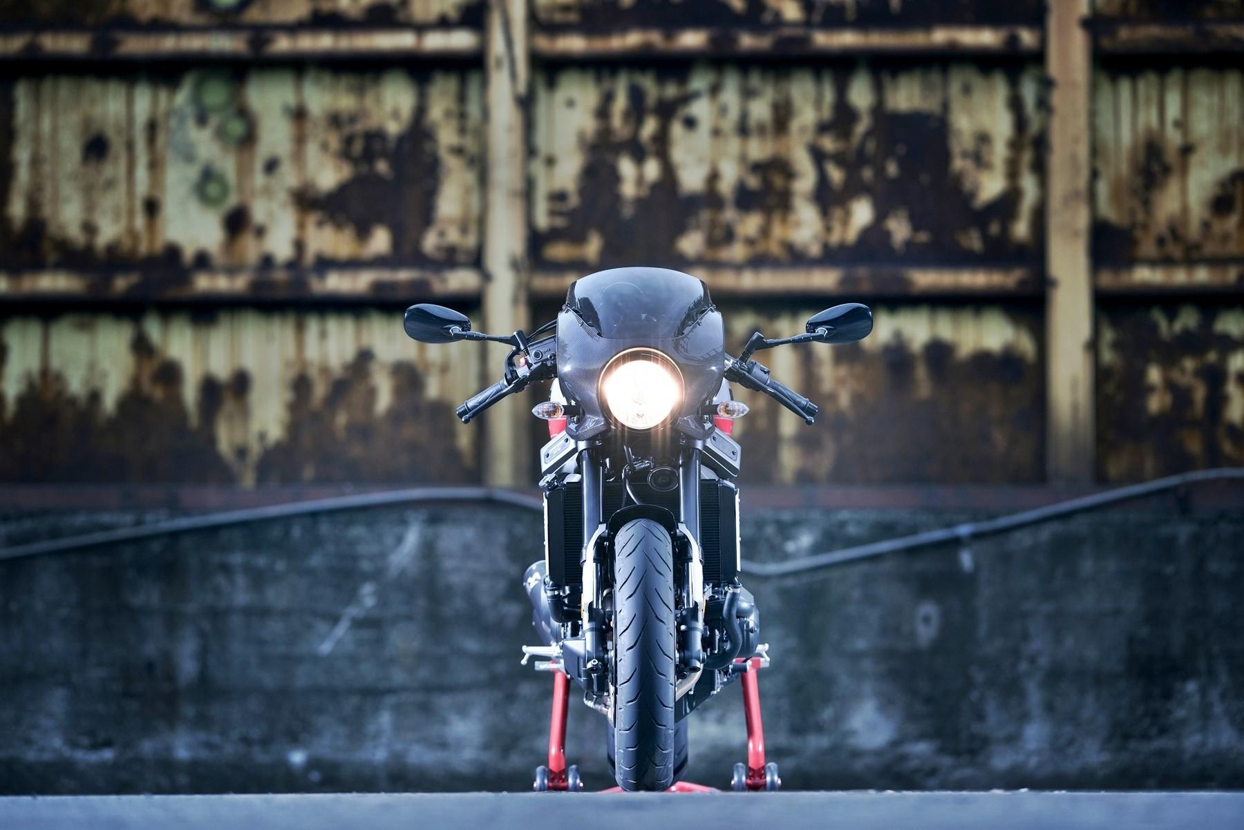 Foto de Yamaha XRS900 Abarth (30/38)