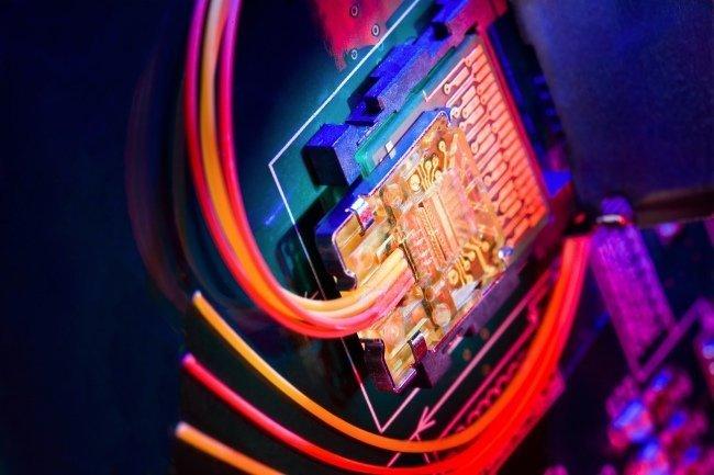 closeup_laseroff.jpg