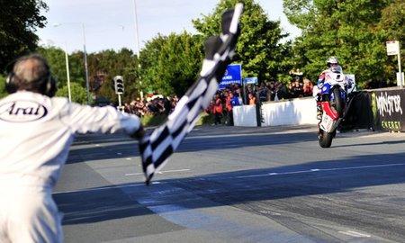 17 victorias de McGuinness en el TT