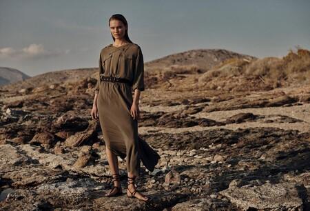 Massimo Dutti lanza la colección de venta exclusiva online donde encontrar prendas preciosas, tanto para ir a la oficina como de  vacaciones