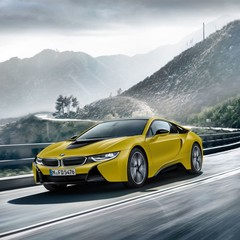 bmw-i8-protonic-frozen-yellow-edition