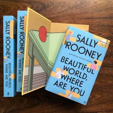 Jon Gray, el hombre detrás de las bellísimas portadas de los libros de Sally Rooney (y de muchos otros best sellers)