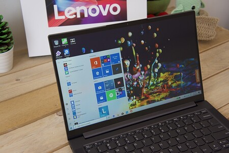 Lenovo Yoga Slim 7 Review Xataka Espanol Pantalla Cerca