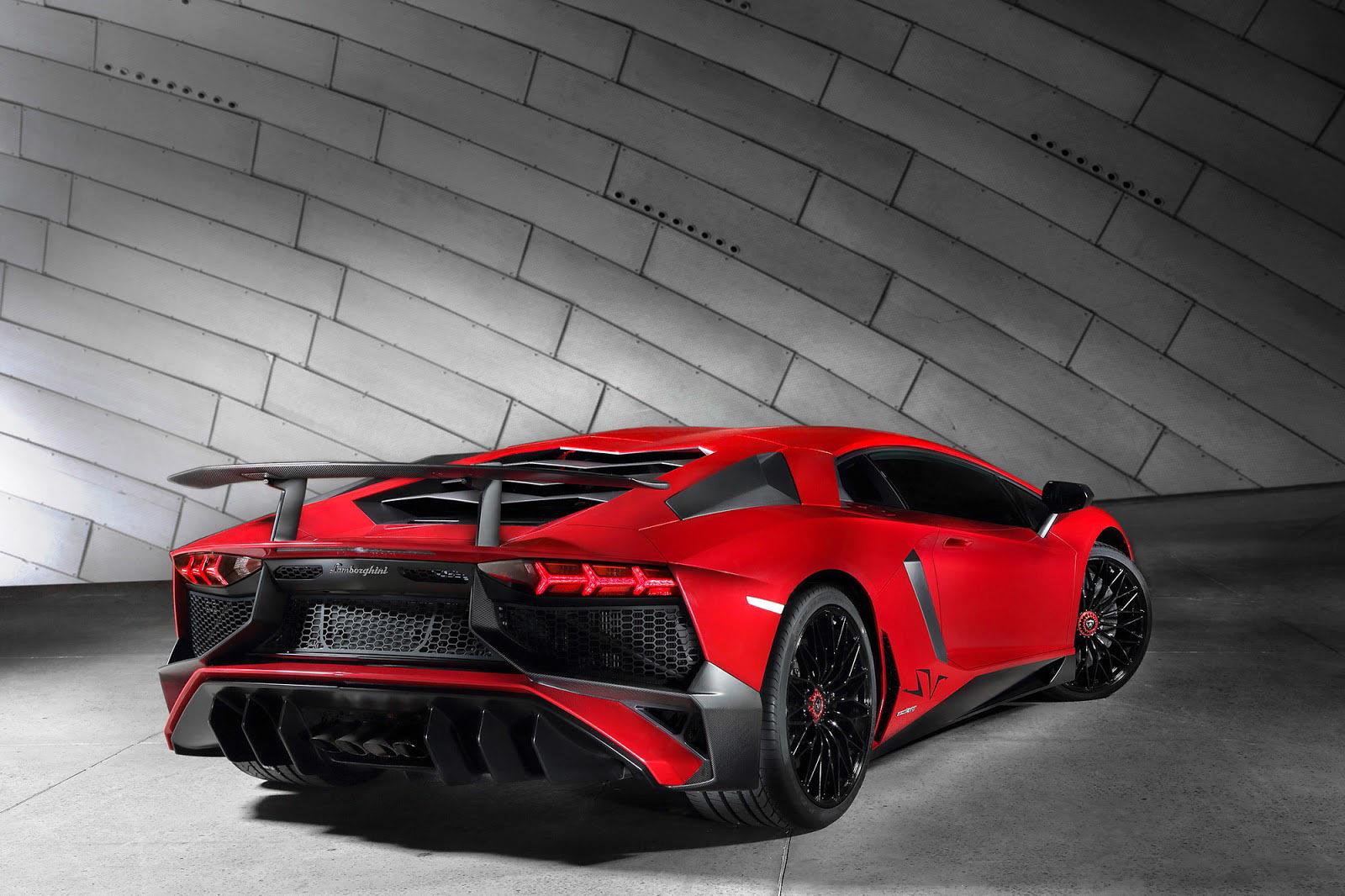 Foto de Lamborghini Aventador SV (4/21)