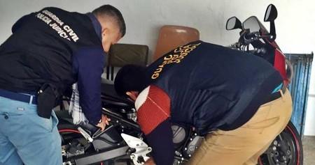 Aparece una moto robada que había pasado ¡por ocho propietarios ilegales!